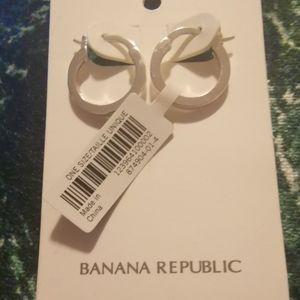 🆕 🎁Banana Republic Women's Hoop Earrings Silver